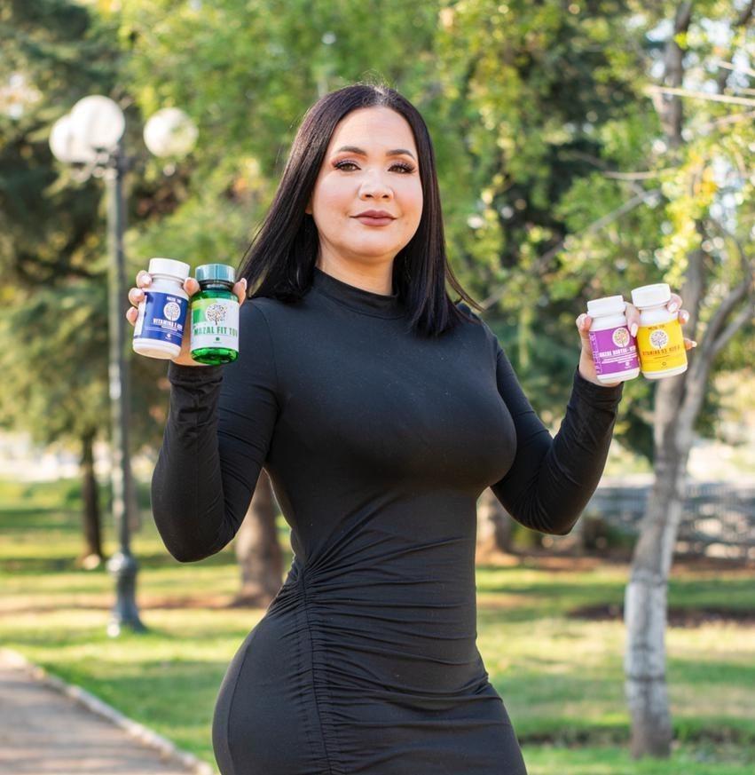 Vanessa Gómez, la obesóloga venezolana que triunfa con su propia estética y suplementos nutricionales